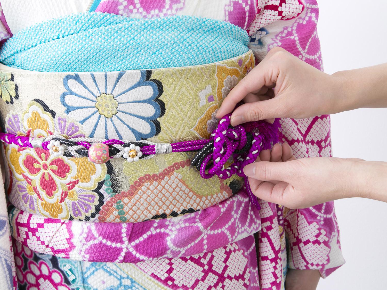 卒業式や成人式に!振袖・袴などの衣装管理におすすめの特大紙袋のご紹介。